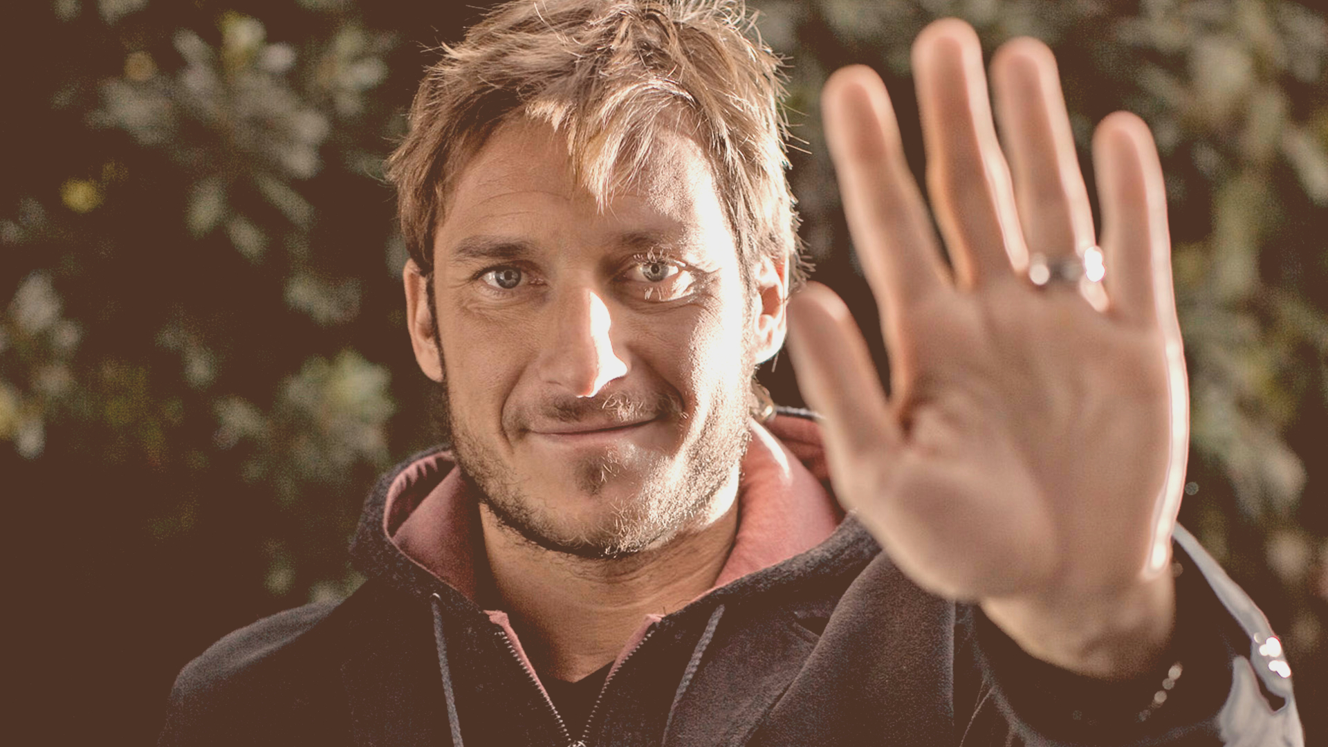 "Facebook marketing per Vodafone con ""Dai il 5 a Totti"""